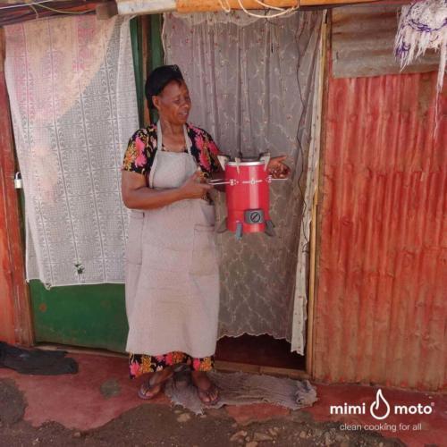 24_-_Mama_Jane_Mimi_Moto_stove_Kenya