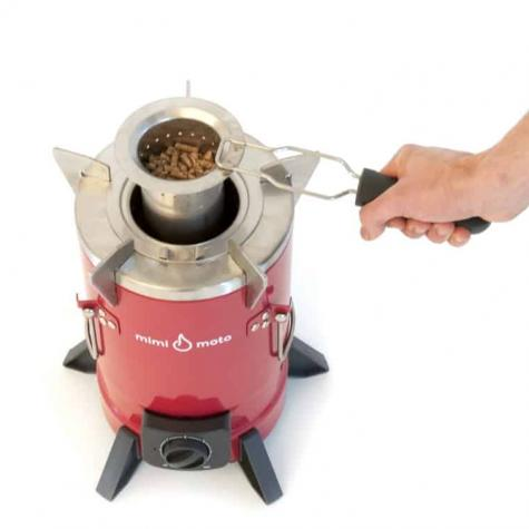 Removing_small_burner_with_pellets